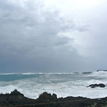 台風が接近中ですね…